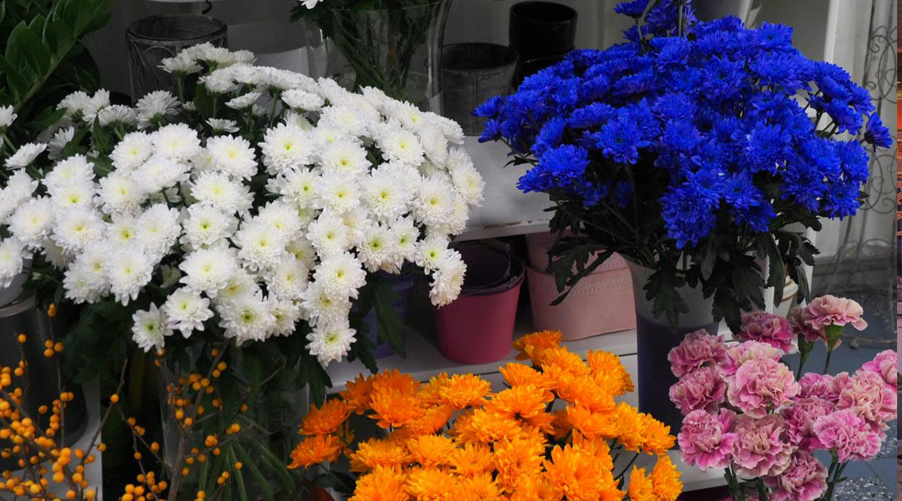 Kukkia kukkakaupassa